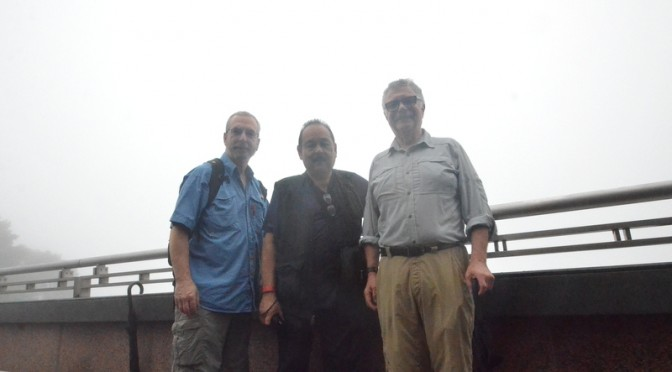 3 old dudes diverted by Hong Kong fog
